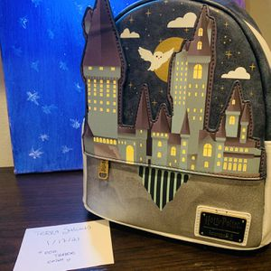 Hogwarts Castle Loungefly for Sale in Los Angeles, CA