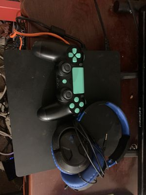 Ps4 hardly used negotiable with custom controller and turtle beach headset for Sale in Redwood City, CA