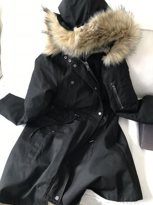 Maternity coat/parka for Sale in Alexandria, VA