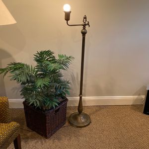 Antique Real Brass Floor Lamp for Sale in Reston, VA