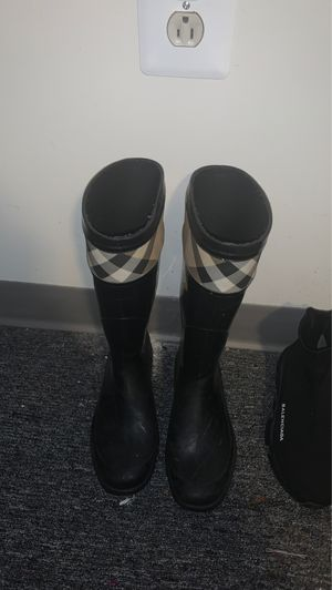 Burberry Rainboots for Sale in Philadelphia, PA