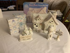 Sam's House Precious Moments Sugar Town Night Light for Sale in Stanwood, MI