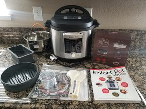 Instant Pot Ultra 8 QT for Sale in Riverside, CA