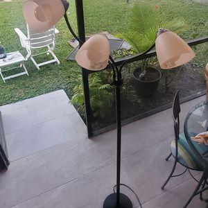 Lamp 3 Focus. Color Black for Sale in Lake Worth, FL