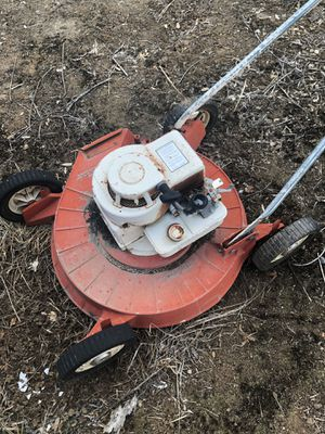 Cool old lawnmower for Sale in Dinuba, CA