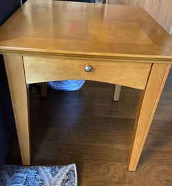Side Table/end Table for Sale in Vancouver,  WA