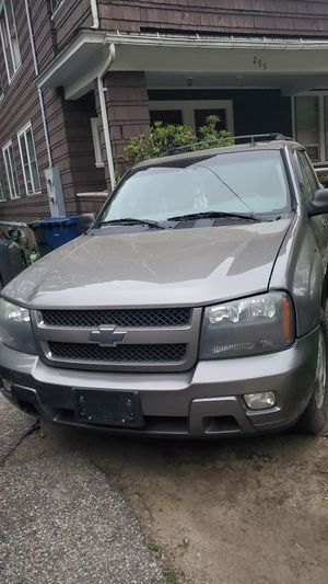 06 Chevy trill blazer 126 k miles no issues for Sale in Willimantic, CT