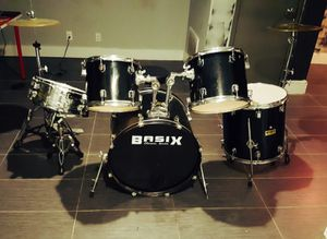 Basix company Heavy duty drum set almost brand new . Used slightly. With stands , sticks and everything.. for Sale in Brooklyn, NY