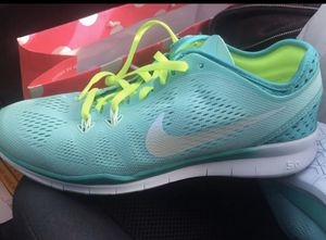 Nike running shoes ladies size 8 for Sale in Las Vegas, NV