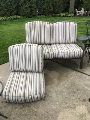 Outdoor cushions for Sale in Glenview, IL