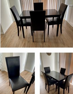 Kitchen Table And Chairs for Sale in Tacoma,  WA