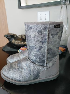 Girl boots size 2 for Sale in Mill Creek, WA