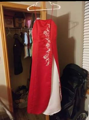 Red dress poly for Sale in Geneseo, KS