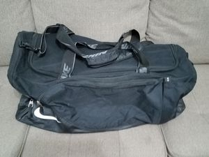 Nike Large Duffle Bag, Sports Bag for Sale in Fresno, CA