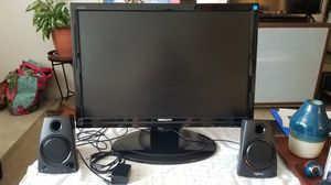 Hannspree computer monitor with speakers for Sale in St. Petersburg, FL
