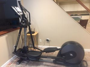 NordicTrack AudioStrider800 elliptical for Sale in Piney Flats, TN