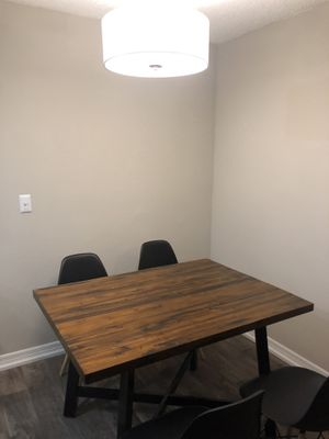 Dining table with chairs for Sale in Tampa, FL
