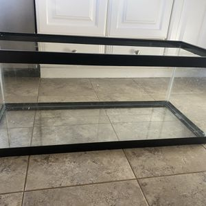 20 Gallon Fish Tank With Accessories for Sale in Woodbridge, VA