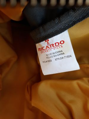 """Ricardo Beverly Hills 30""""Rolling Duffle bag for Sale in Victorville, CA"""