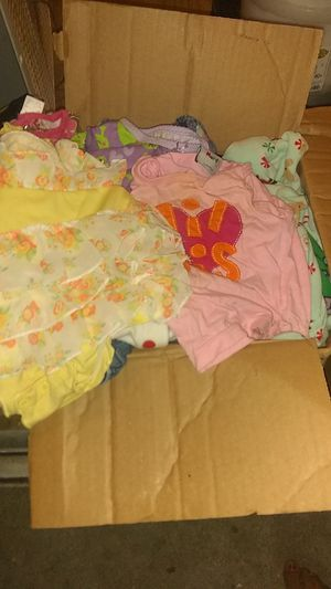 Girl kids clothes for Sale in San Antonio, TX