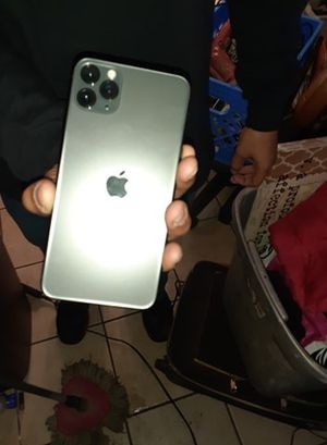 iPhone 11 Pro Max 64 gb carrier spectrum for Sale in Bakersfield, CA