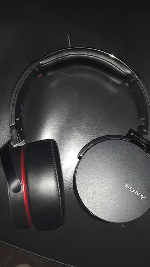 Sony Bluetooth headphones for Sale in Puyallup, WA