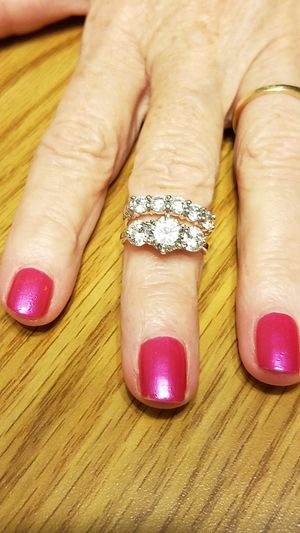 Silver wedding set size 7 - 8 for Sale in Indianapolis, IN