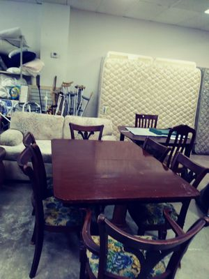 Antique Dyning table with 6 chairs for Sale in Bethany, OK