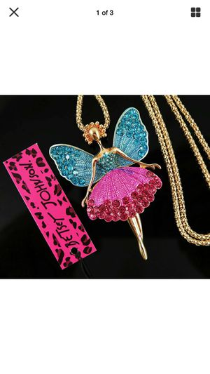 Betsey Johnson Fairy Rhinestone Necklace pink& blue on gold chain I ship gift boxed for Sale in Northfield, OH