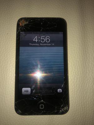 Unlocked Apple iPod Touch 4th Gen Black (8 GB) DAMAGED for Sale in Whittier, CA