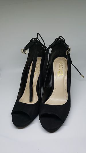 Rouge helium black heels size 8 1/2 for Sale in Oakland Park, FL