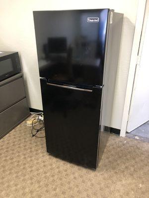 10.1 cf Refrigerator for Sale in Phoenix, AZ