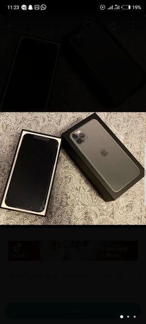 IPhone 11pro max for Sale in Coffeyville, KS
