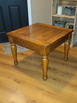 Solid Oak coffee/end table. for Sale in Bakersfield, CA