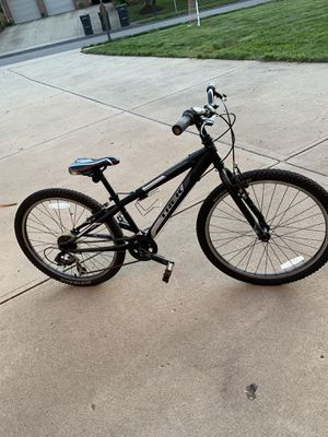 Trek bike. 24 inch wheels. Children's bike. for Sale in Bradford Woods, PA