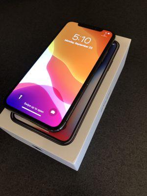 iPhone X 64gb Unlocked for Sale in Cumming, GA
