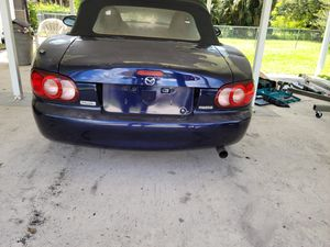 2003 Mazda miata soft top convertible. Entire assembly fits 1999 2000 2001 2002 2003 2004 2005 for Sale in Fort Lauderdale, FL
