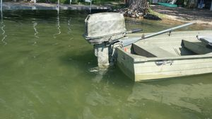 25 Hp Evinrude late 80s early 90s for Sale in Green Lake, WI