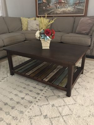 Modern coffee table for Sale in Peoria, AZ