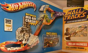 Hot Wheels Wall Tracks Mid-Air Madness for Sale in Winter Garden, FL