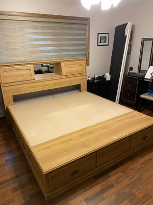 King Size Bed Frame with Storage for Sale in Burbank, IL