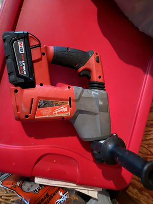 """Milwaukee fuel M18 brushless 1"""" rotary hammer drill for Sale in Bloomington, CA"""