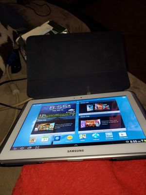 Galaxy note 10.1 has stylus works great Gt -N8013 for Sale in Puyallup, WA