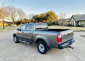 URGENT For saleit 2005 Toyota Tundra SR5Excellent Clean Title ty for Sale in Fairfield,  CA