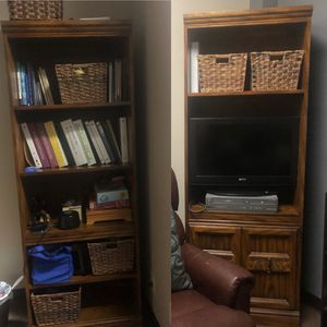 2 Brown Bookshelves for Sale in Corona, CA