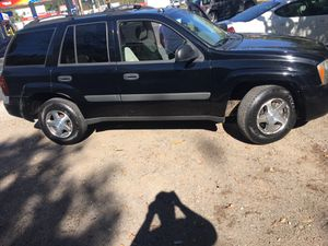 05 Chevy Trailblazer 4wd for Sale in Pittsburgh, PA