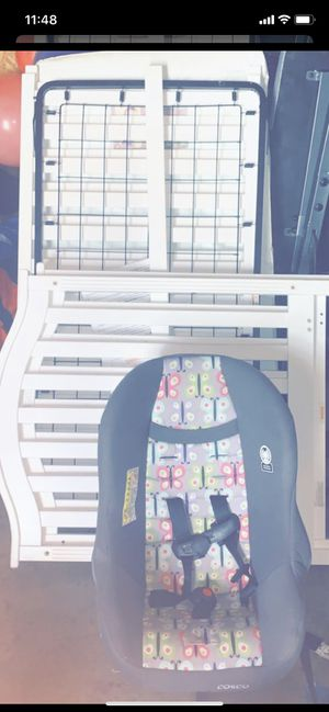 Cosco baby car seat and baby crib for Sale in Obetz, OH