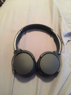 Skull candy Bluetooth headphones like new for Sale in Aurora, CO
