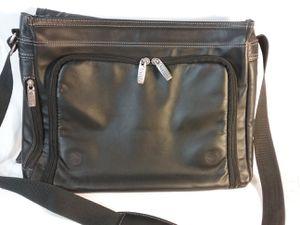 Kenneth Cole Laptop Messenger Bag for Sale in Grand Rapids, MI