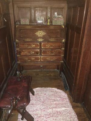 Secretary desk for Sale in Plainfield, NJ